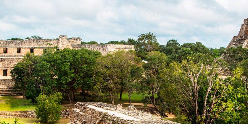 3515547488627-america-mexico-merida-sito-archeologico-1.jpg