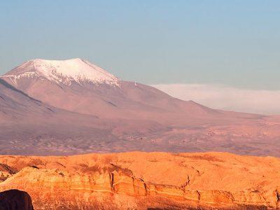 3515513358673-cile-valle-della-luna-vulcano-1.jpg