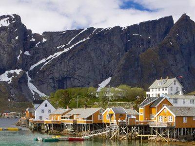 3515513352654-norvegia-fiordi-del-nord-paesaggio-1.jpg
