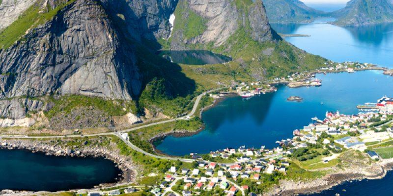 3515513351712-norvegia-isole-lofoten-panoramica-testatavg-1.jpg