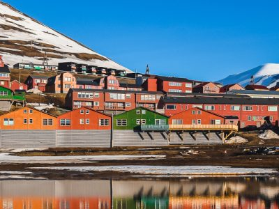 3515544585644-norvegia-svalbard-longyearbyen-testatavg-1.jpg
