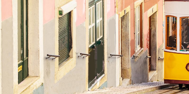 3515513347519-portogallo-lisbona-tram-1.jpg