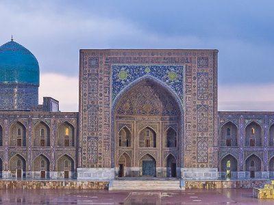 3515568465522-uzbekistan-samarcanda-piazza-registan-testatavg-1.jpg