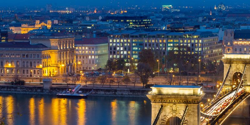 3515513345380-vienna-e-budapest-header-1.jpg
